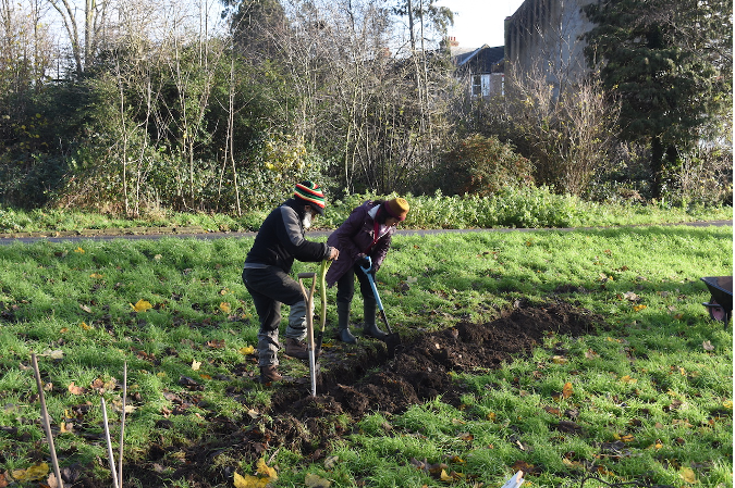 Mayor awards green grants to help London communities create green spaces